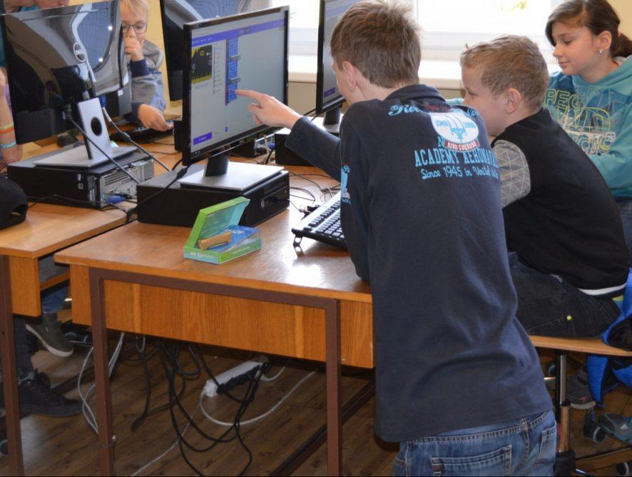 CodeWeek na Jiráskově gymnáziu