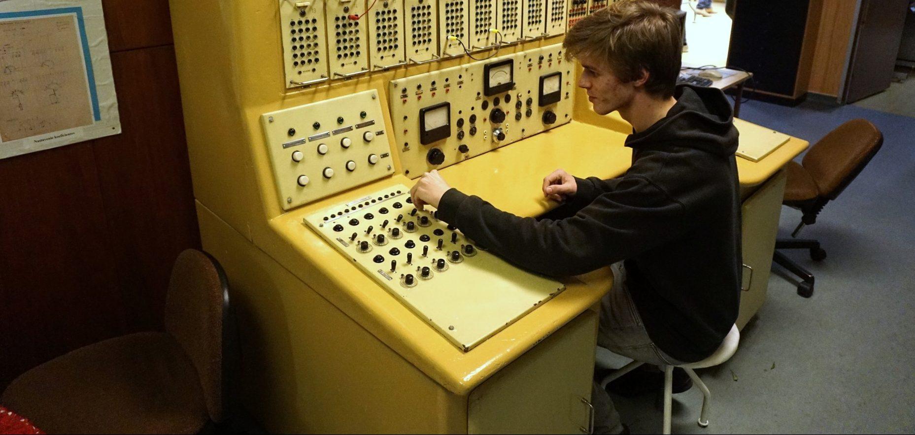 Česko-slovenská informatika: Roboti nad Dunajem