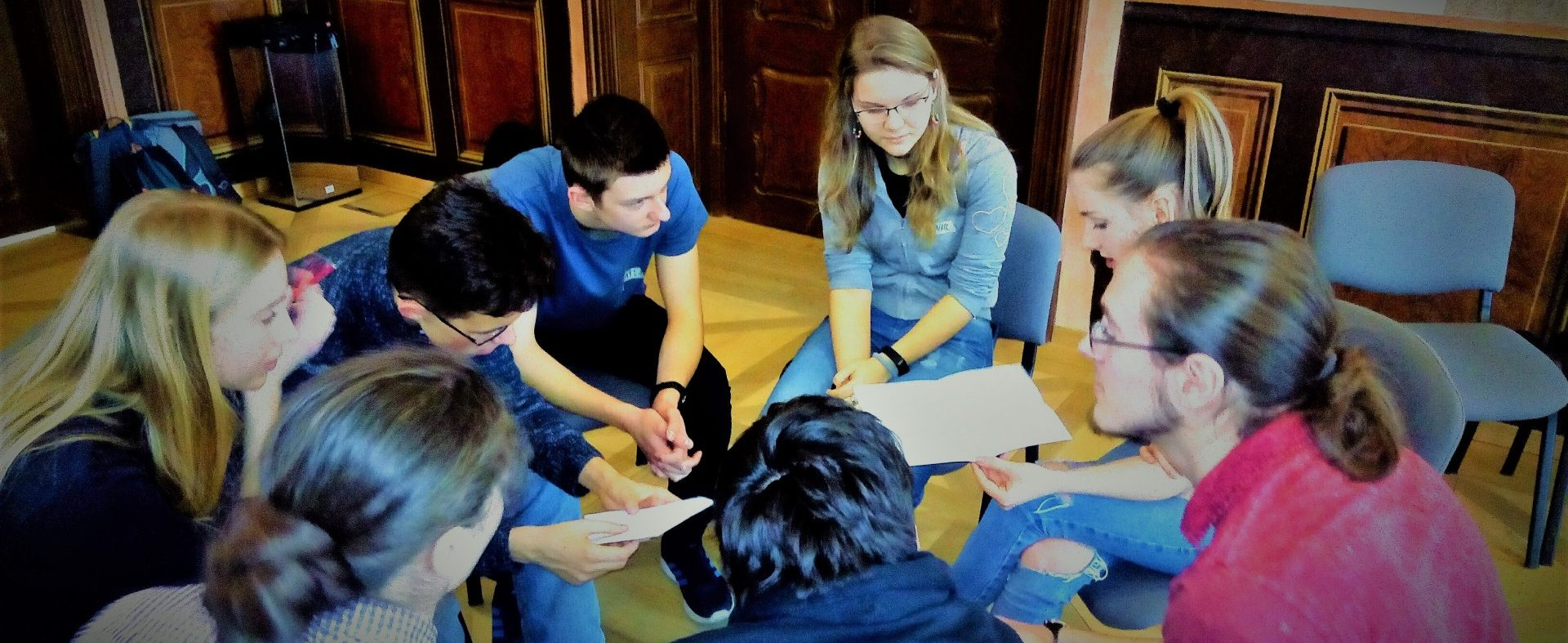 Studenti se zúčastnili workshopu Post bellum vBroumově